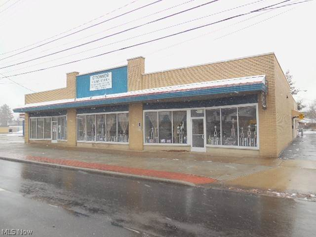 Comercial en 5690 Ridge Road Parma, Ohio 44129 Estados Unidos
