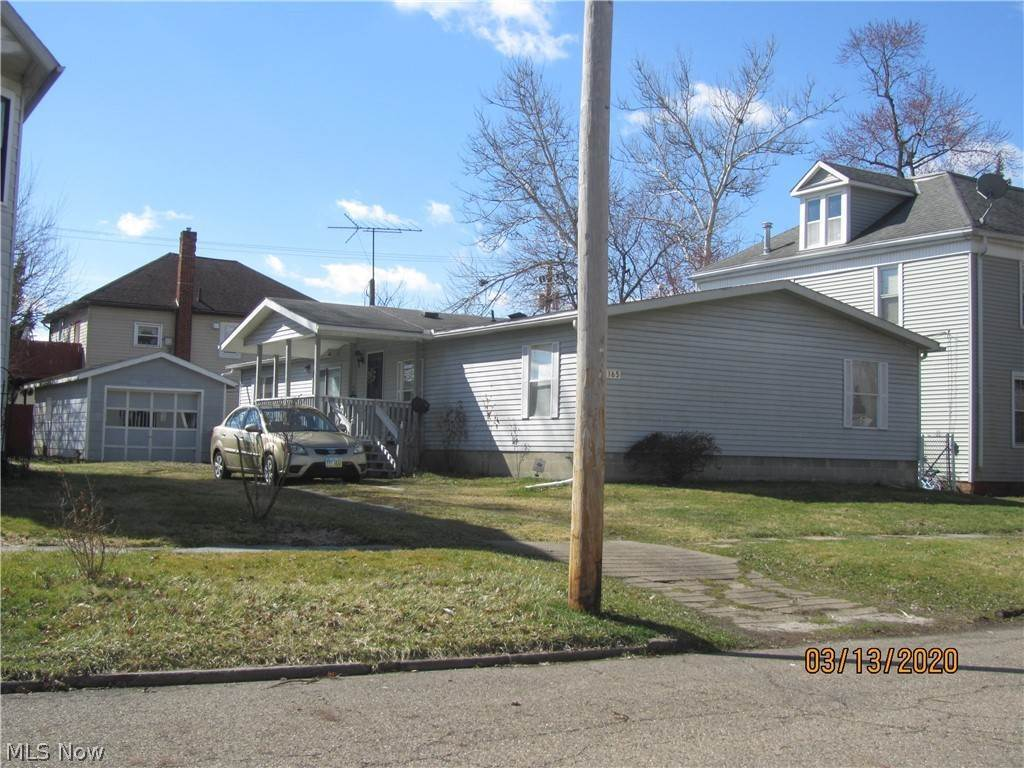Residential for Sale at 165 W Maryland Avenue Sebring, Ohio 44672 United States