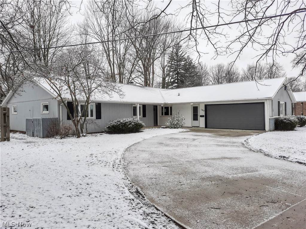 Residential for Sale at 160 4th Avenue 160 4th Avenue Berea, Ohio 44017 United States