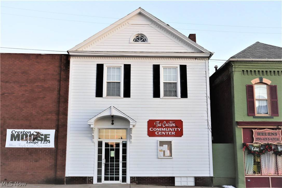Commercial for Sale at 117 S Main Street Creston, Ohio 44217 United States