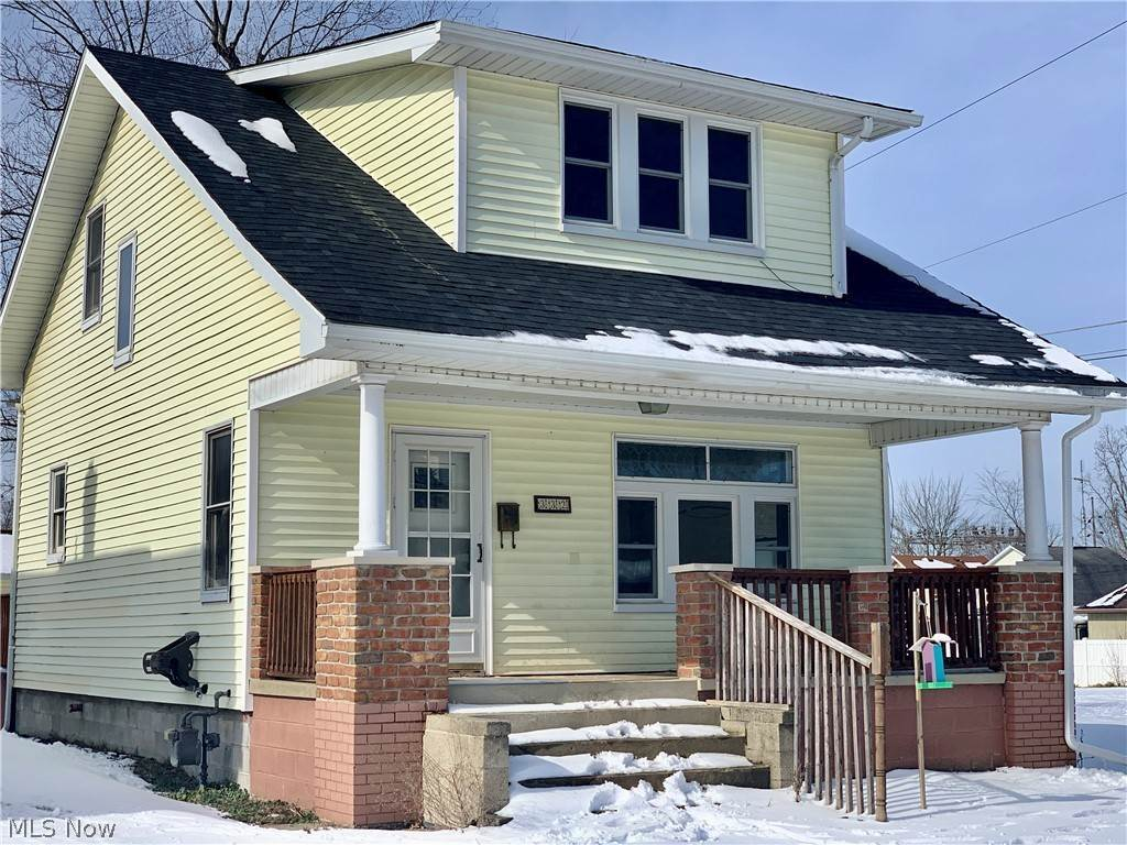 Residential for Sale at 332 S 15th Street Sebring, Ohio 44672 United States