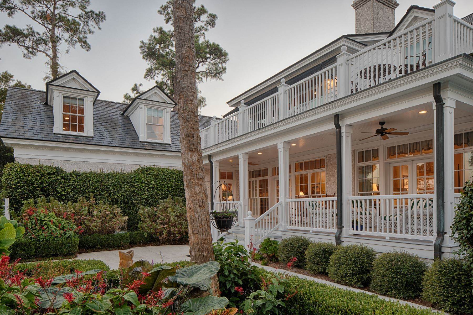 26. Single Family Homes for Sale at 108 Modena Island Drive Skidaway Island, Georgia 31411 United States