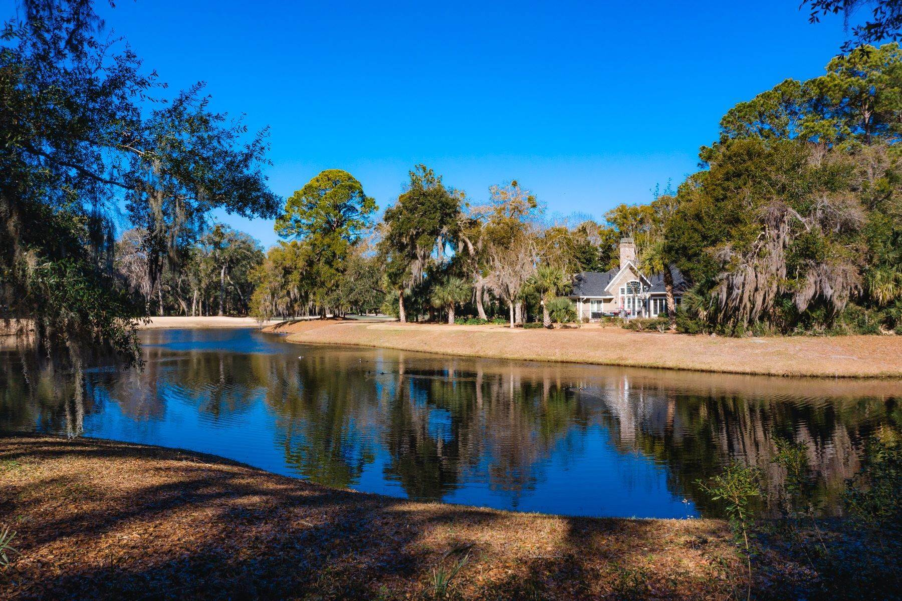 6. Land for Sale at Lagoon View 15 Hampton Lane Bluffton, South Carolina 29910 United States