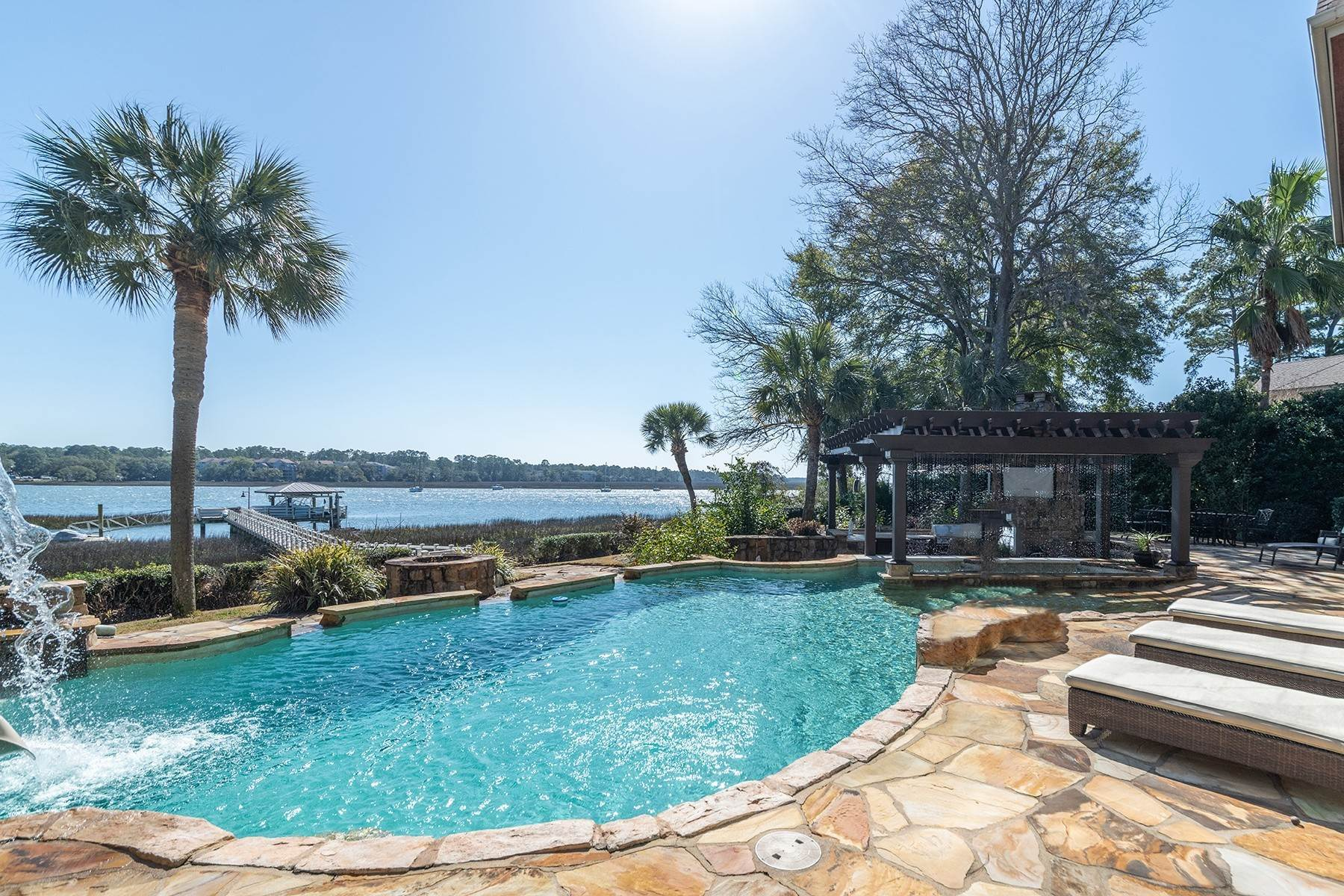 43. Single Family Homes for Sale at Widewater Waterfront Luxury 30 Widewater Road Hilton Head Island, South Carolina 29926 United States