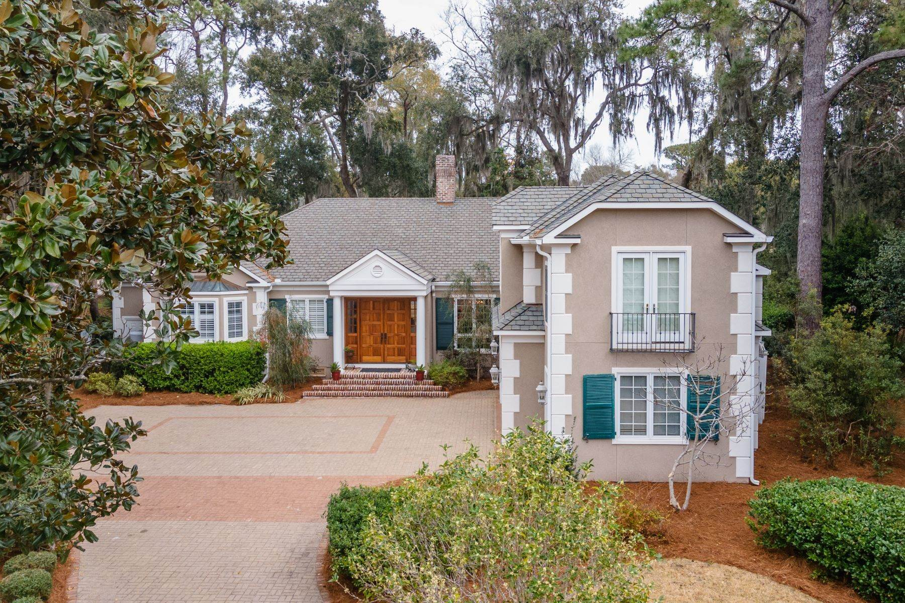 Single Family Homes for Sale at Golf Community and Resort Living 7 Middleton Gardens Place Bluffton, South Carolina 29910 United States