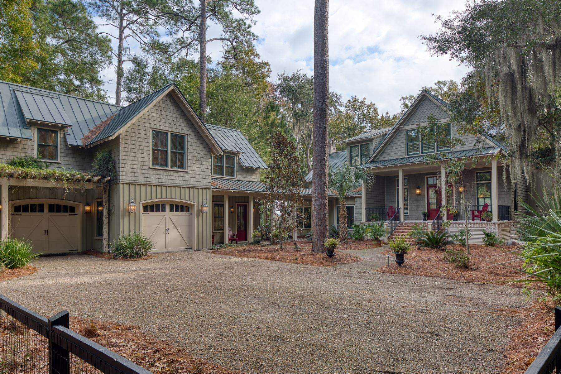 Single Family Homes por un Venta en Endless May River Views! 75 Greenleaf Road Bluffton, Carolina del Sur 29910 Estados Unidos
