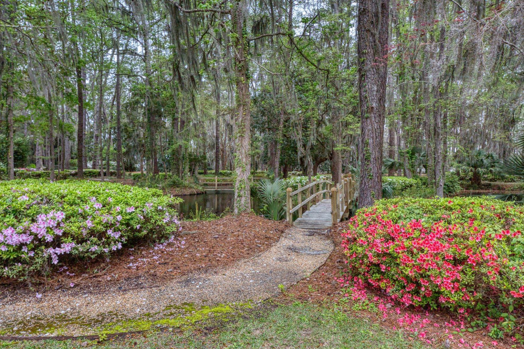 8. Single Family Homes for Sale at Exceptional Retreat on Sylvan Island located on the Herb River 6 Sylvan Island Road Savannah, Georgia 31404 United States