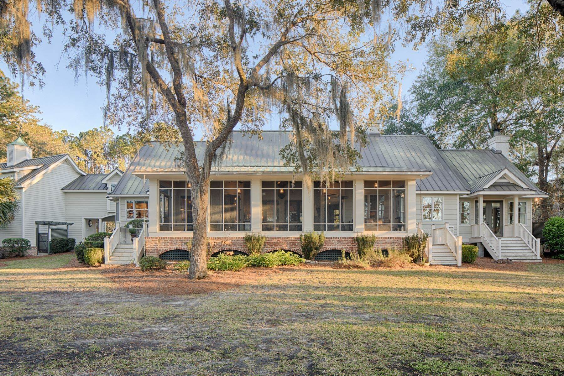 41. Single Family Homes for Sale at 7 Acres in Gascoigne Bluff 155 Gascoigne Bluff Road Bluffton, South Carolina 29910 United States