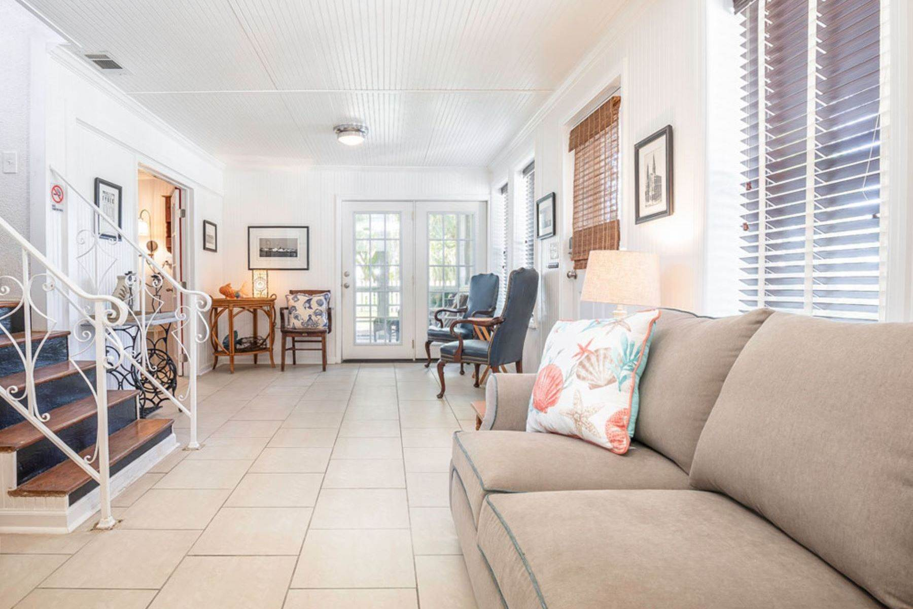 6. Single Family Homes for Sale at The Ultimate Tybee Home With In-Ground Pool And Dock On Tidal Creek 701 13th Street Tybee Island, Georgia 31328 United States