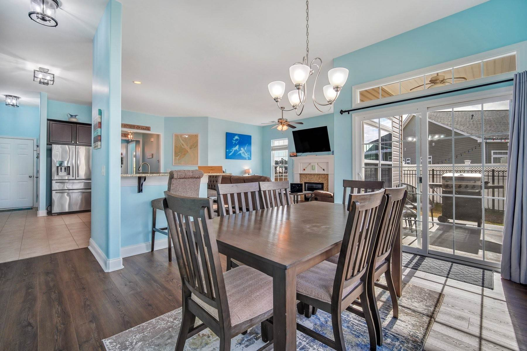 17. Single Family Homes for Sale at May Model in Hearthstone Lake 749 Hearthstone Drive Ridgeland, South Carolina 29936 United States