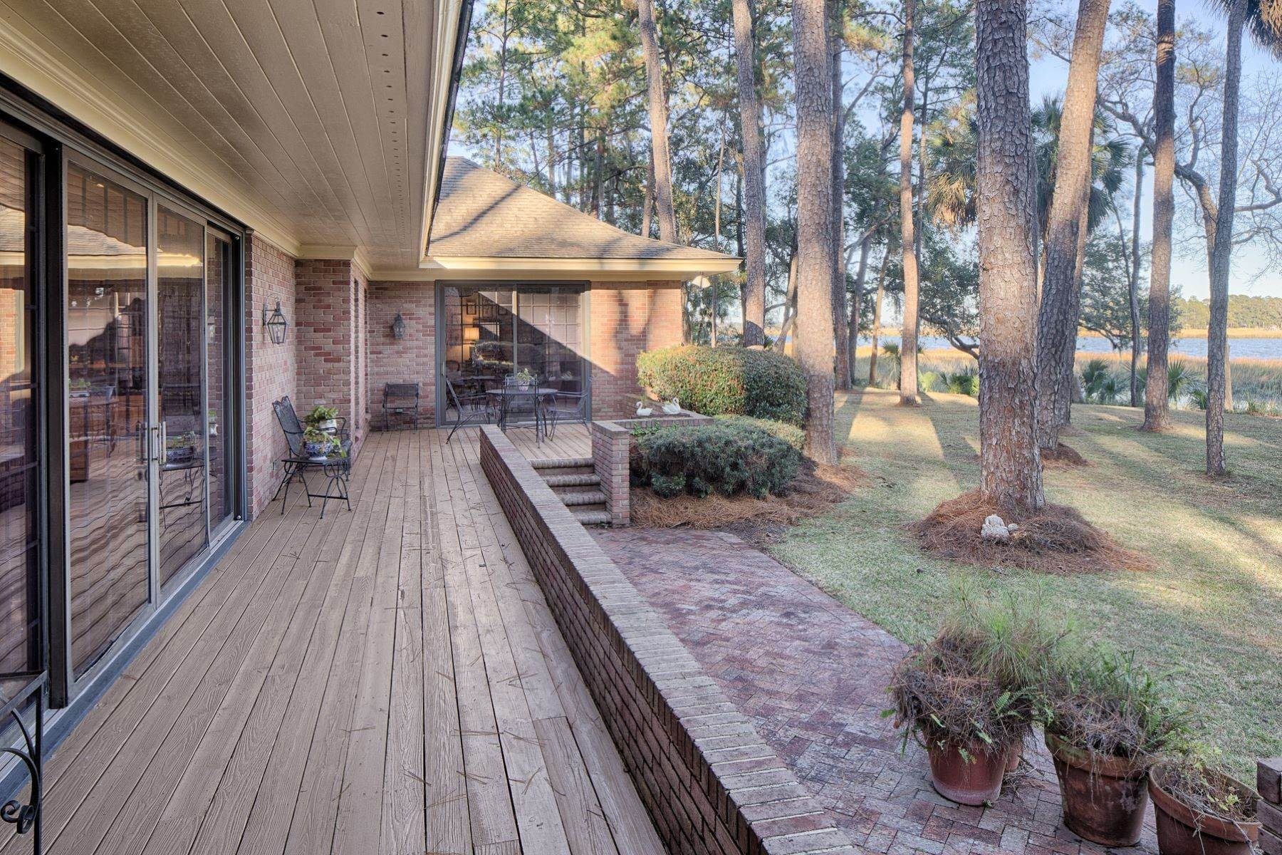 41. Single Family Homes for Sale at Exceptional Retreat on Sylvan Island located on the Herb River 6 Sylvan Island Road Savannah, Georgia 31404 United States