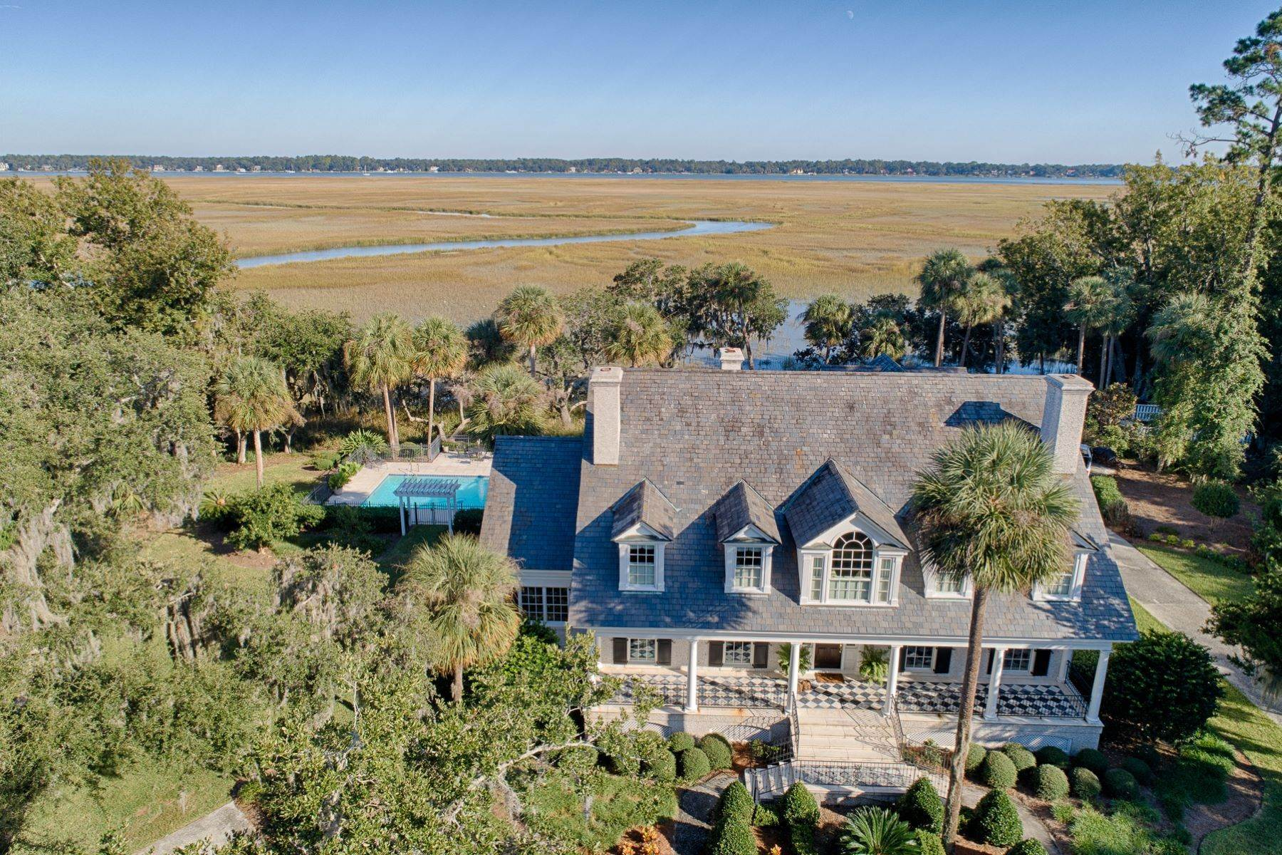 34. Single Family Homes for Sale at 108 Modena Island Drive Skidaway Island, Georgia 31411 United States