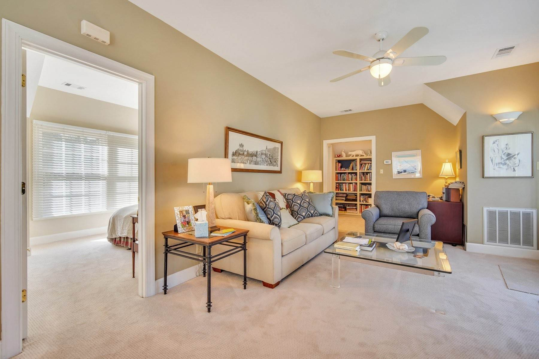 32. Single Family Homes for Sale at Ideally Located Landings Home Between Eastern Marsh And Palmetto Clubhouse 3 Lakewood Court Skidaway Island, Georgia 31411 United States