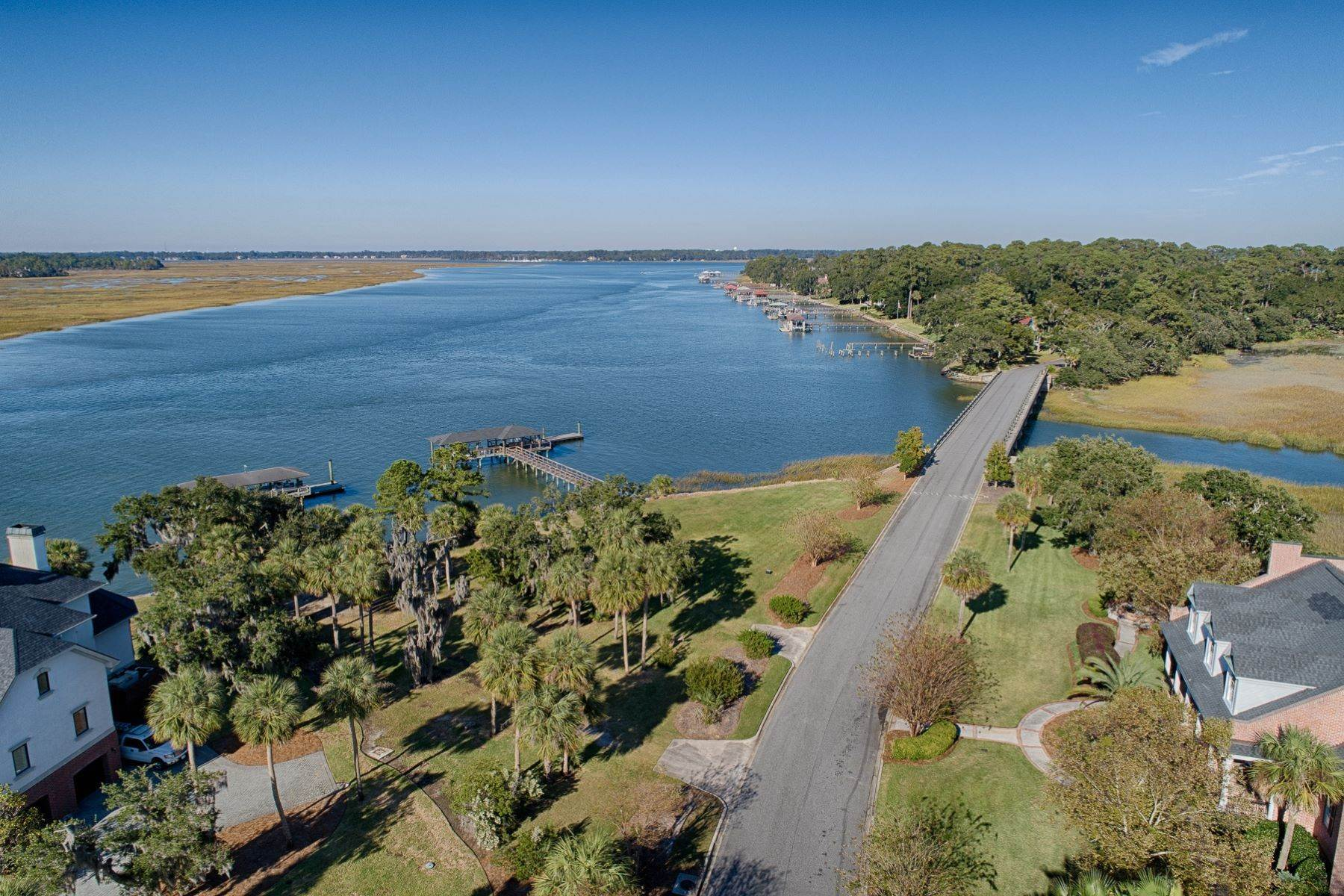 41. Single Family Homes for Sale at 108 Modena Island Drive Skidaway Island, Georgia 31411 United States