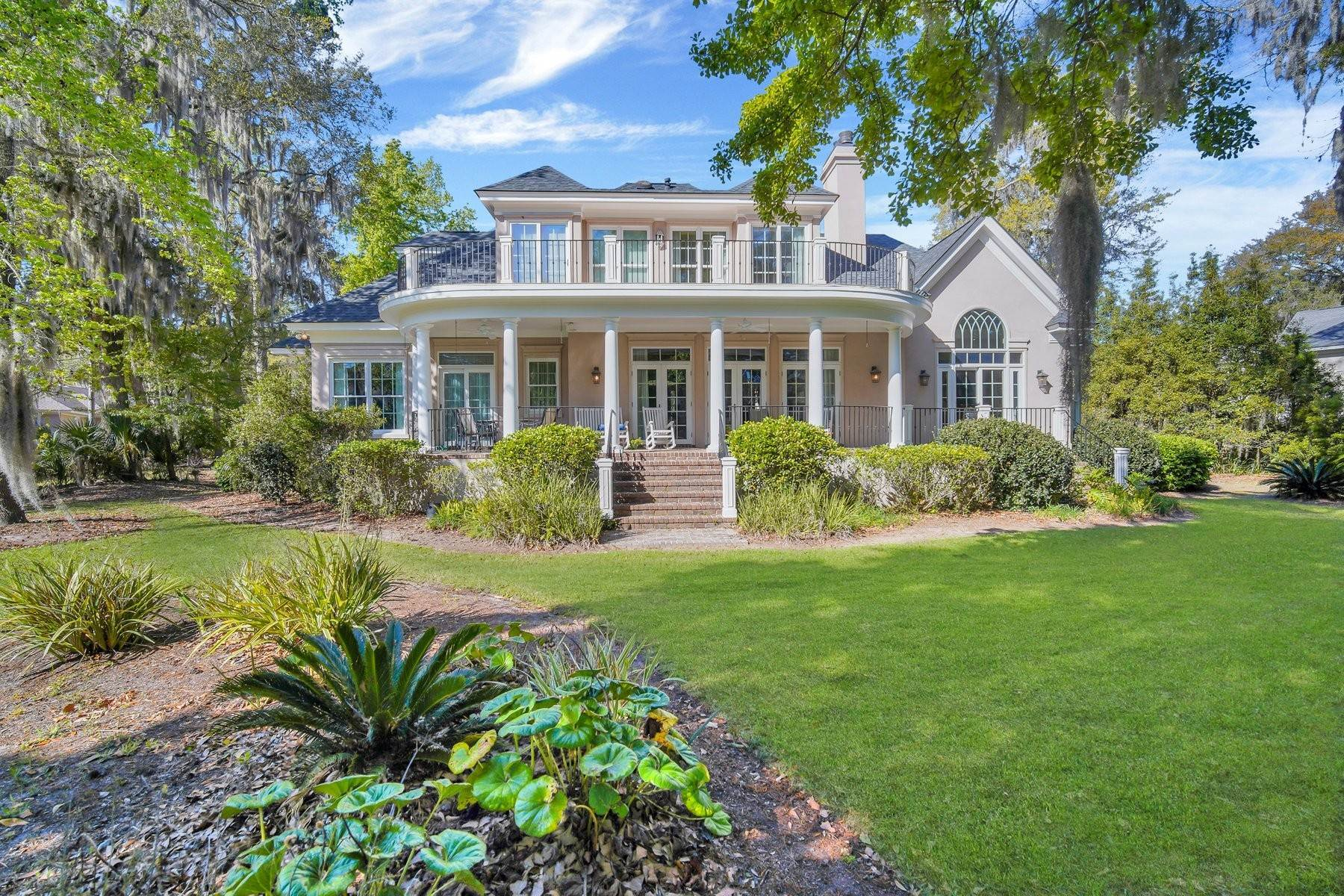 43. Single Family Homes for Sale at Ideally Located Landings Home Between Eastern Marsh And Palmetto Clubhouse 3 Lakewood Court Skidaway Island, Georgia 31411 United States