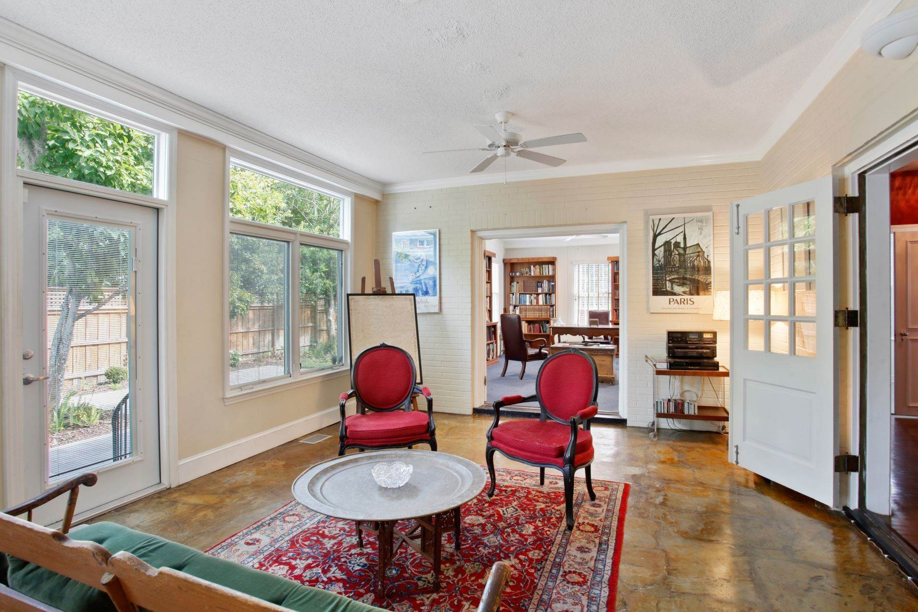 18. Single Family Homes for Sale at Ardsley Park Estate on Adams Park designed by John C LeBey 3710 Abercorn Street Savannah, Georgia 31405 United States