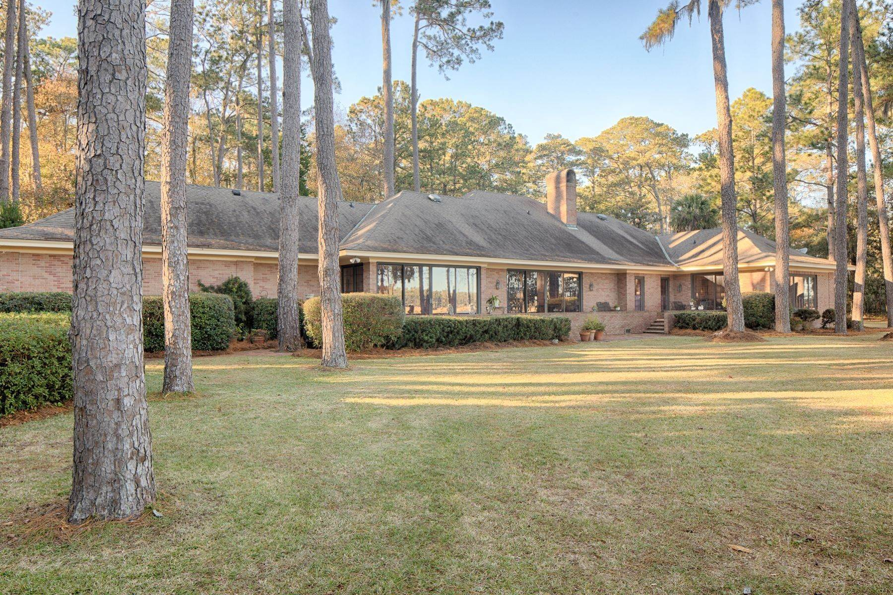 44. Single Family Homes for Sale at Exceptional Retreat on Sylvan Island located on the Herb River 6 Sylvan Island Road Savannah, Georgia 31404 United States