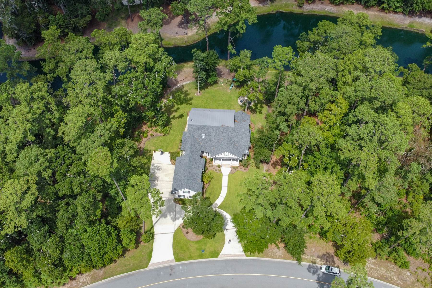 46. Single Family Homes for Sale at 73 Waterway Drive Skidaway Island, Georgia 31411 United States