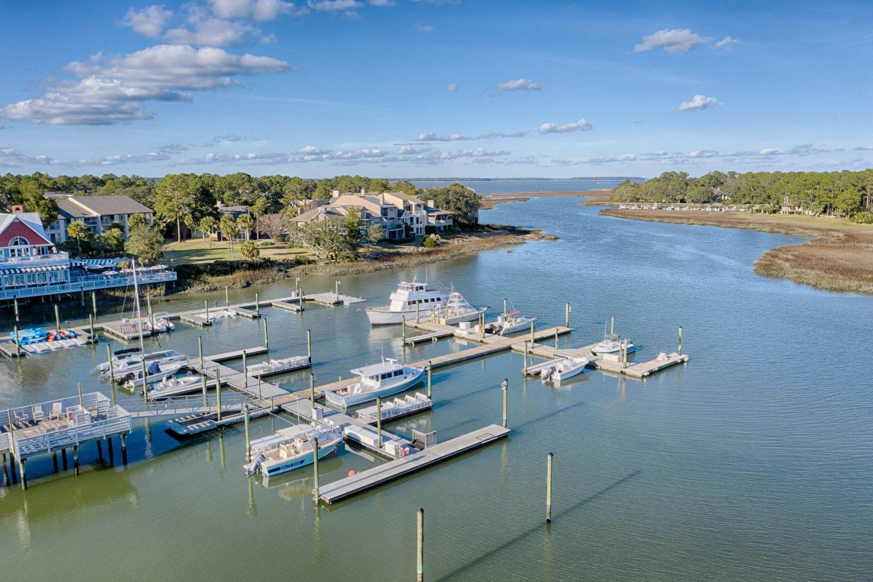 45. Single Family Homes for Sale at 12 Portside Drive Hilton Head Island, South Carolina 29928 United States