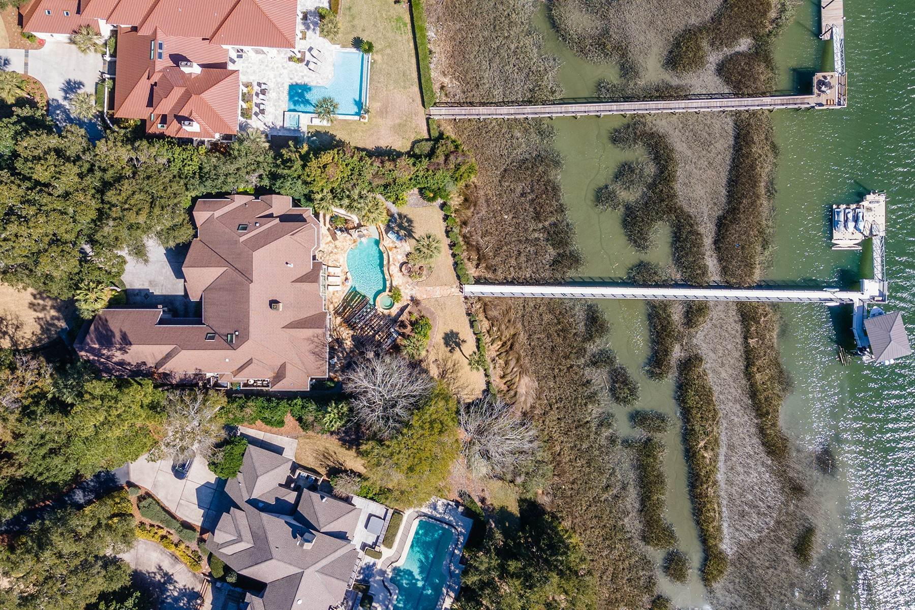 42. Single Family Homes for Sale at Widewater Waterfront Luxury 30 Widewater Road Hilton Head Island, South Carolina 29926 United States