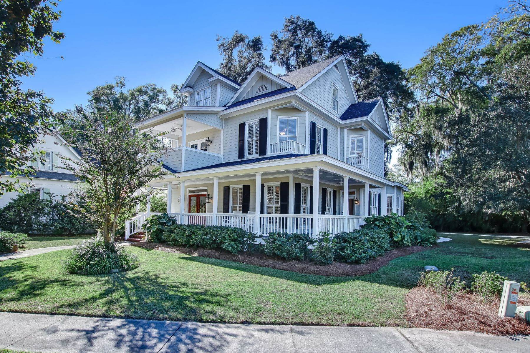 Single Family Homes for Sale at Low Country Home on Double Lot in Gated Community 203 John Wesley Way Savannah, Georgia 31404 United States