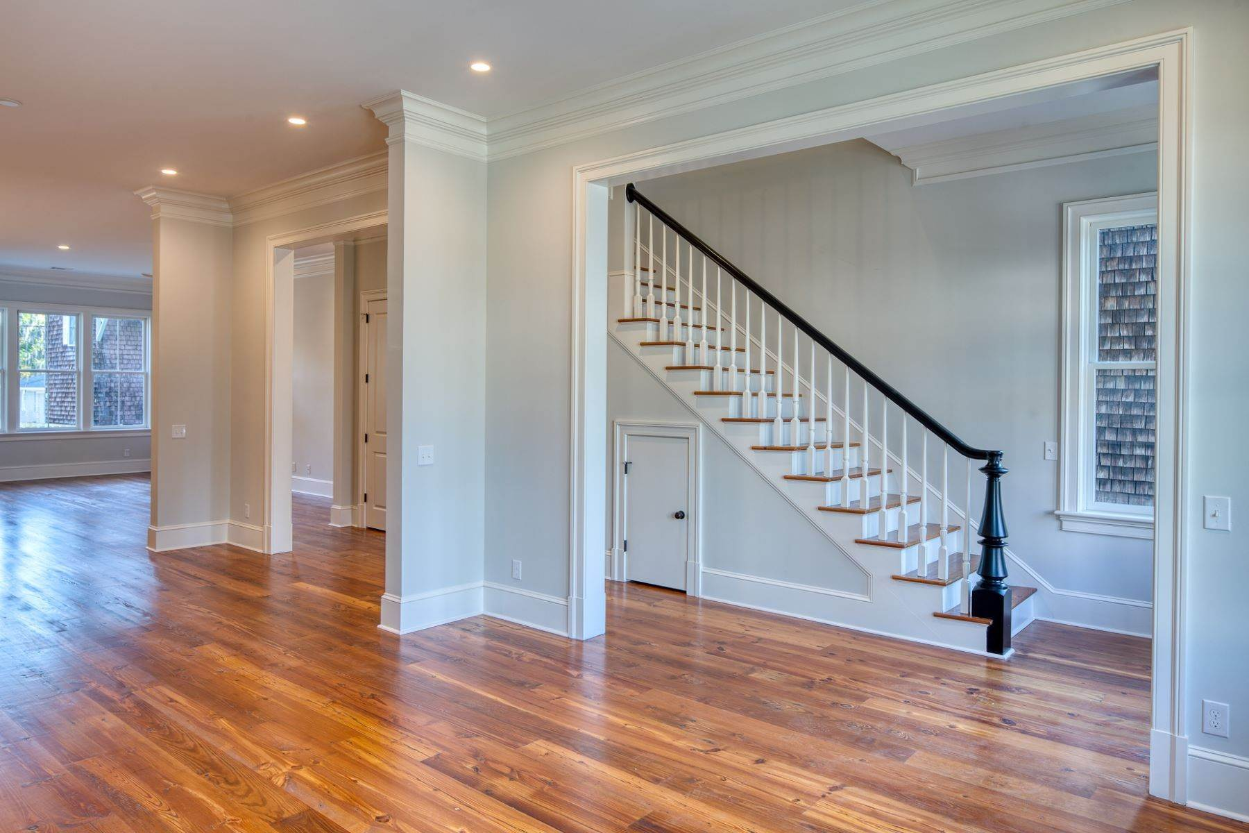 7. Single Family Homes for Sale at Incredible New Construction Home Located In The Starland District 118 E 36th Street Savannah, Georgia 31401 United States