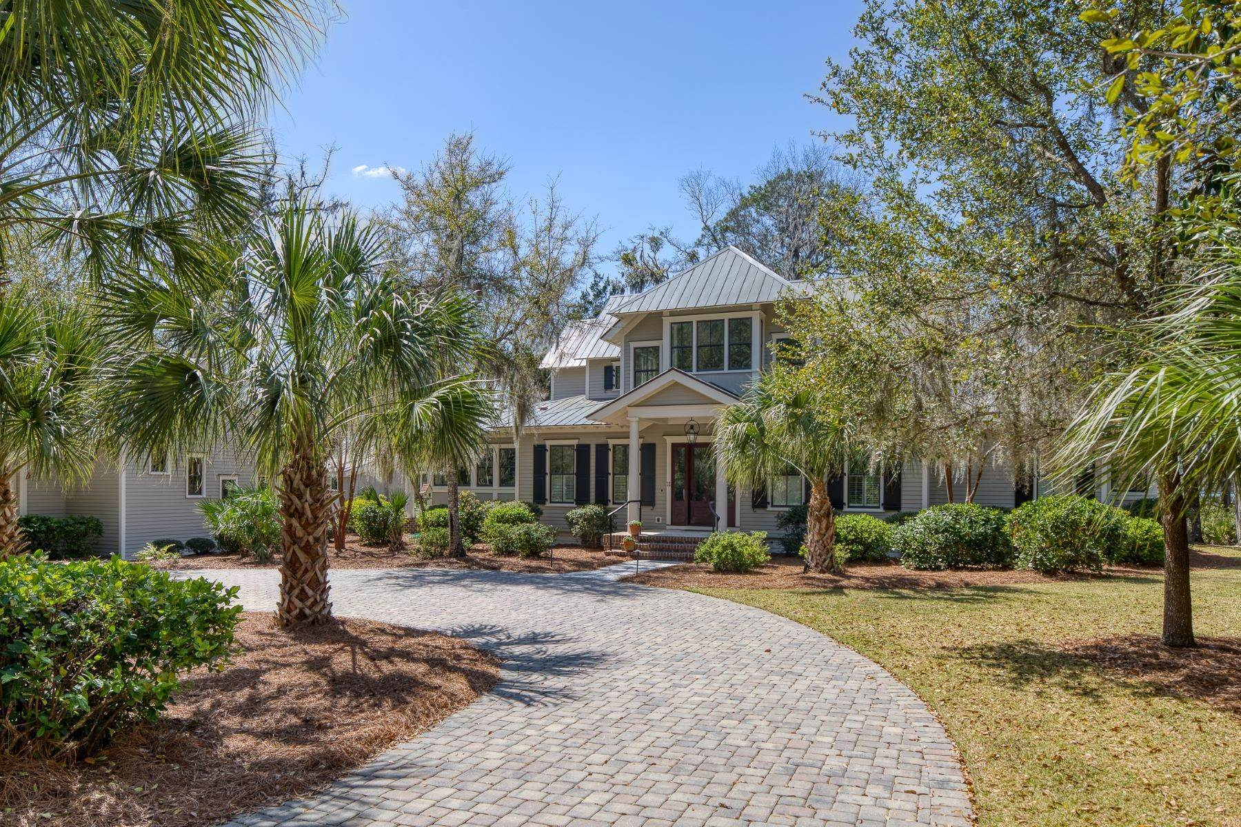 2. Single Family Homes for Sale at Peaceful Private Retreat 11 Dutch House Circle Bluffton, South Carolina 29910 United States