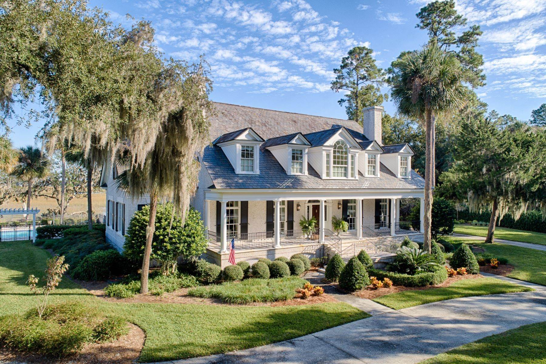 33. Single Family Homes for Sale at 108 Modena Island Drive Skidaway Island, Georgia 31411 United States