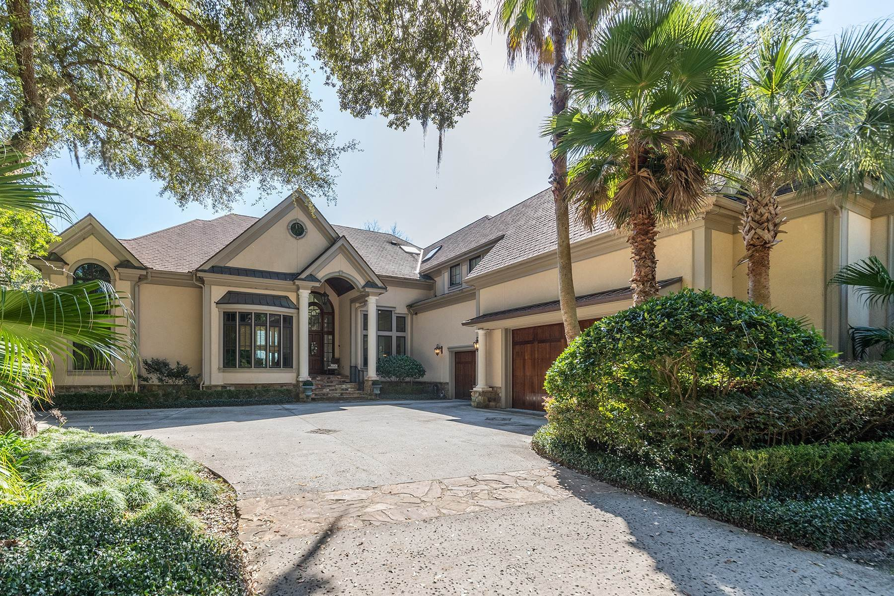 3. Single Family Homes for Sale at Widewater Waterfront Luxury 30 Widewater Road Hilton Head Island, South Carolina 29926 United States