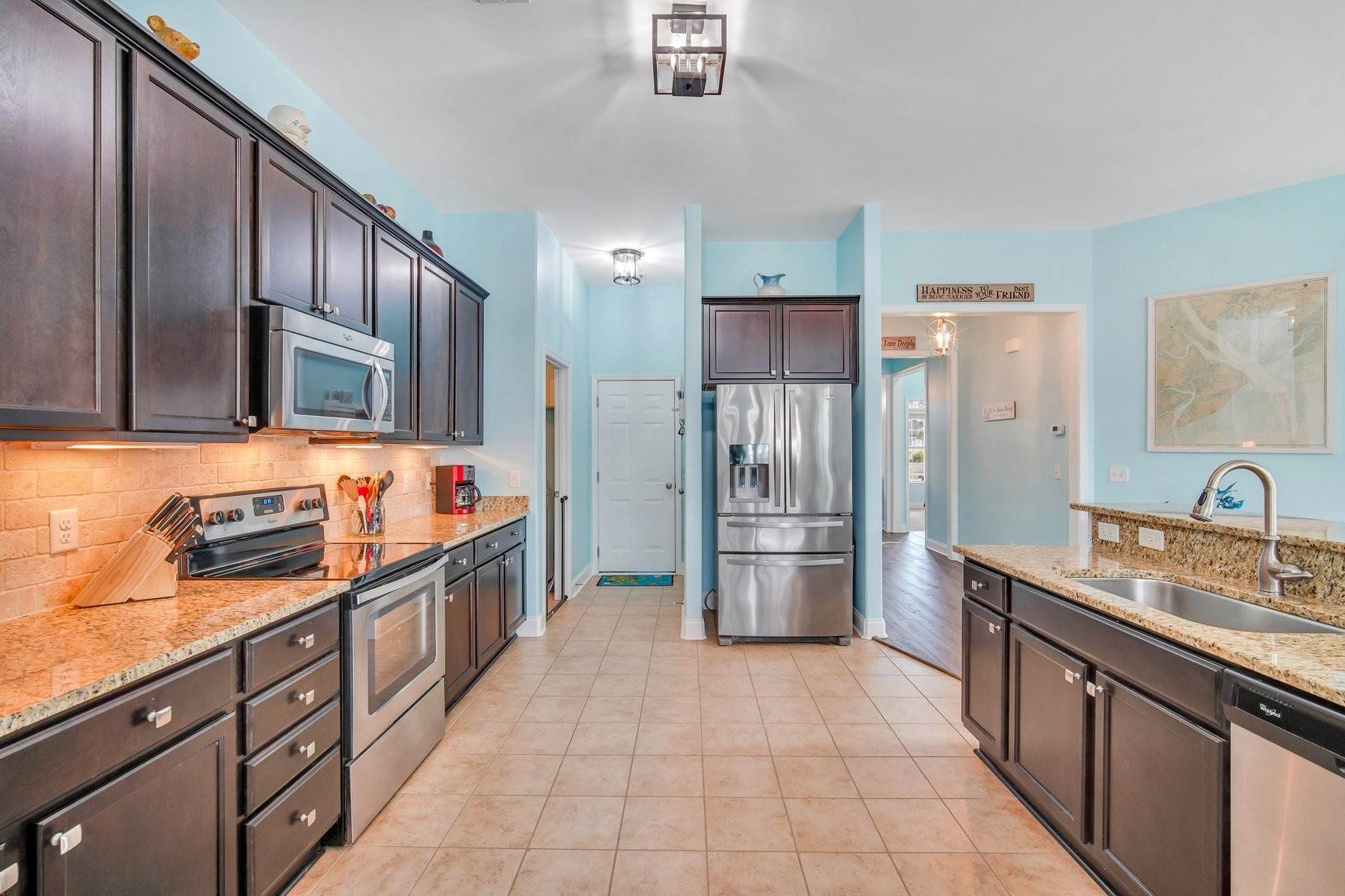 15. Single Family Homes for Sale at May Model in Hearthstone Lake 749 Hearthstone Drive Ridgeland, South Carolina 29936 United States