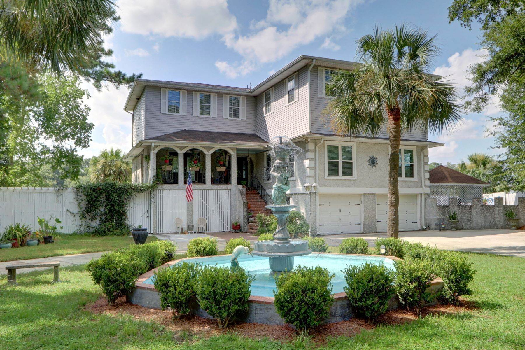 Single Family Homes por un Venta en 214B East Point Drive Savannah, Georgia 31410 Estados Unidos