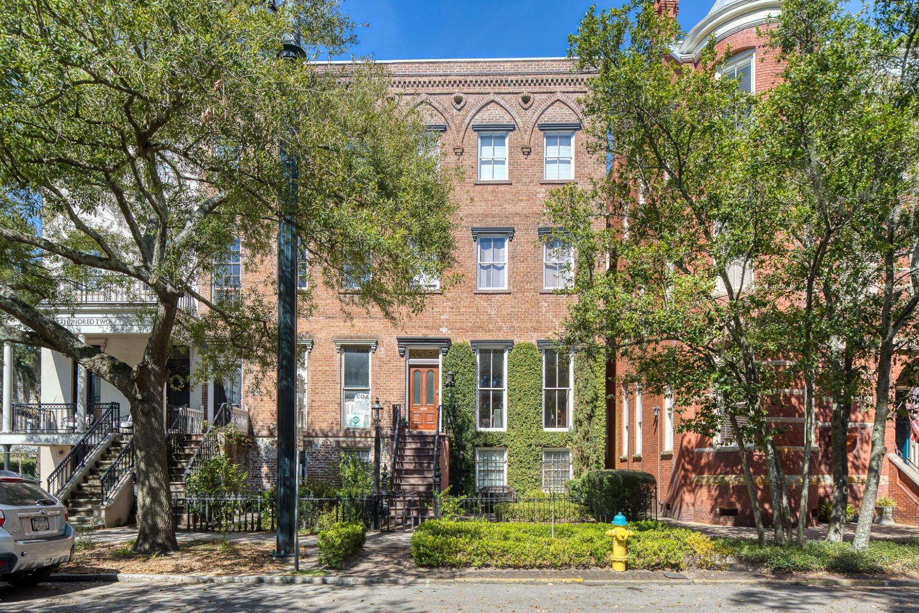 Single Family Homes for Sale at Architectural Gem Located In The Heart Of Savannah's Landmark Historic District 206 E Gaston Street Savannah, Georgia 31401 United States