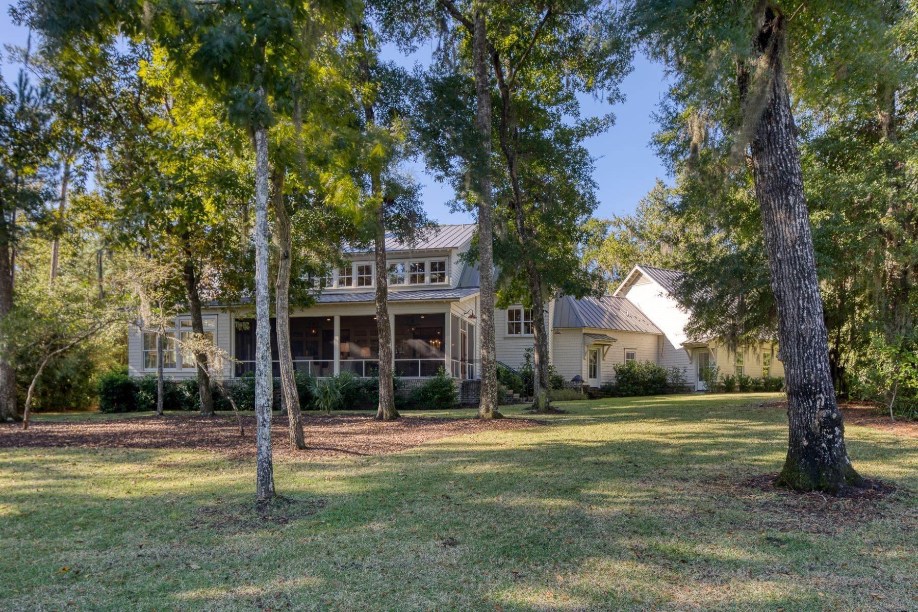 46. Single Family Homes for Sale at 133 Mount Pelia Road Bluffton, South Carolina 29910 United States