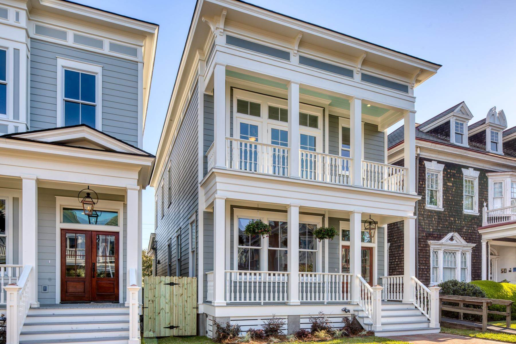 4. Single Family Homes for Sale at Incredible New Construction Home Located In The Starland District 118 E 36th Street Savannah, Georgia 31401 United States