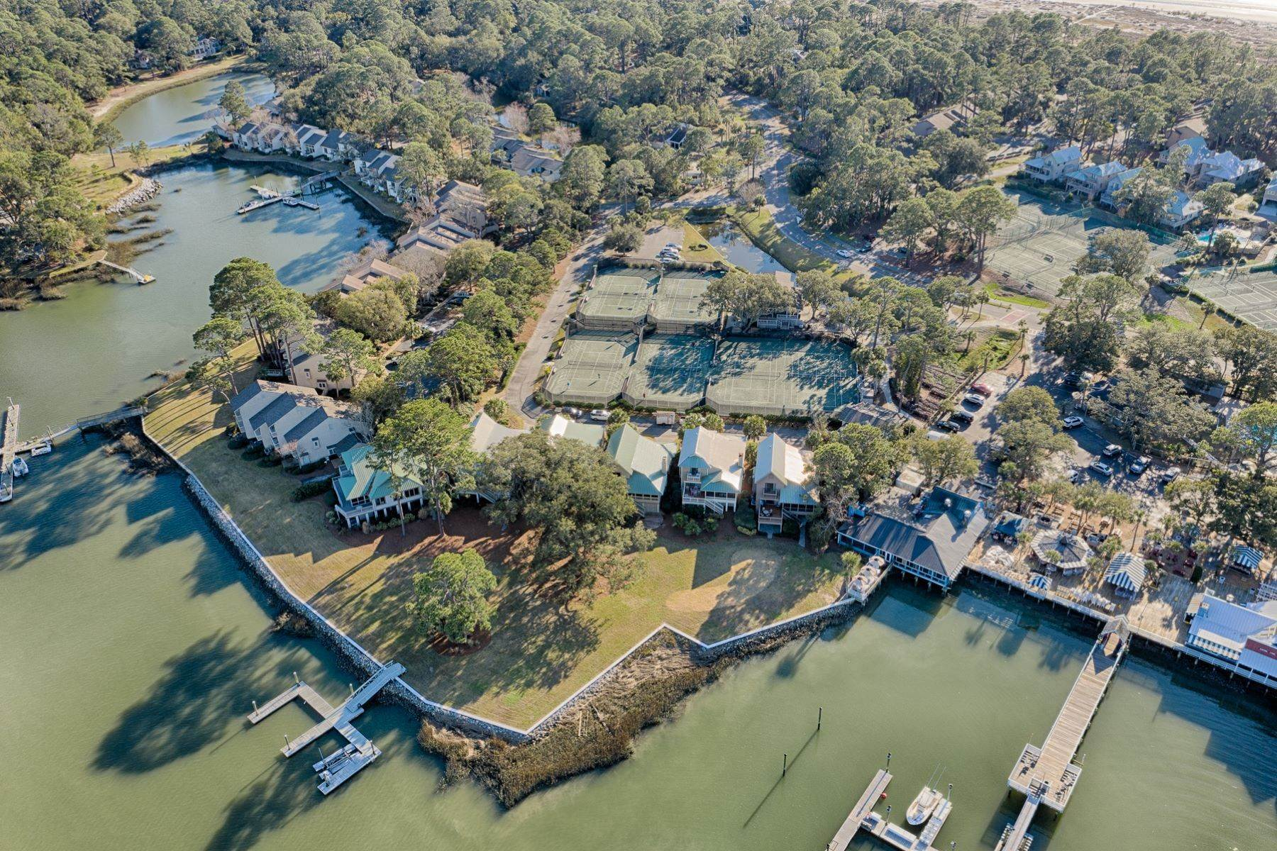 49. Single Family Homes for Sale at 12 Portside Drive Hilton Head Island, South Carolina 29928 United States
