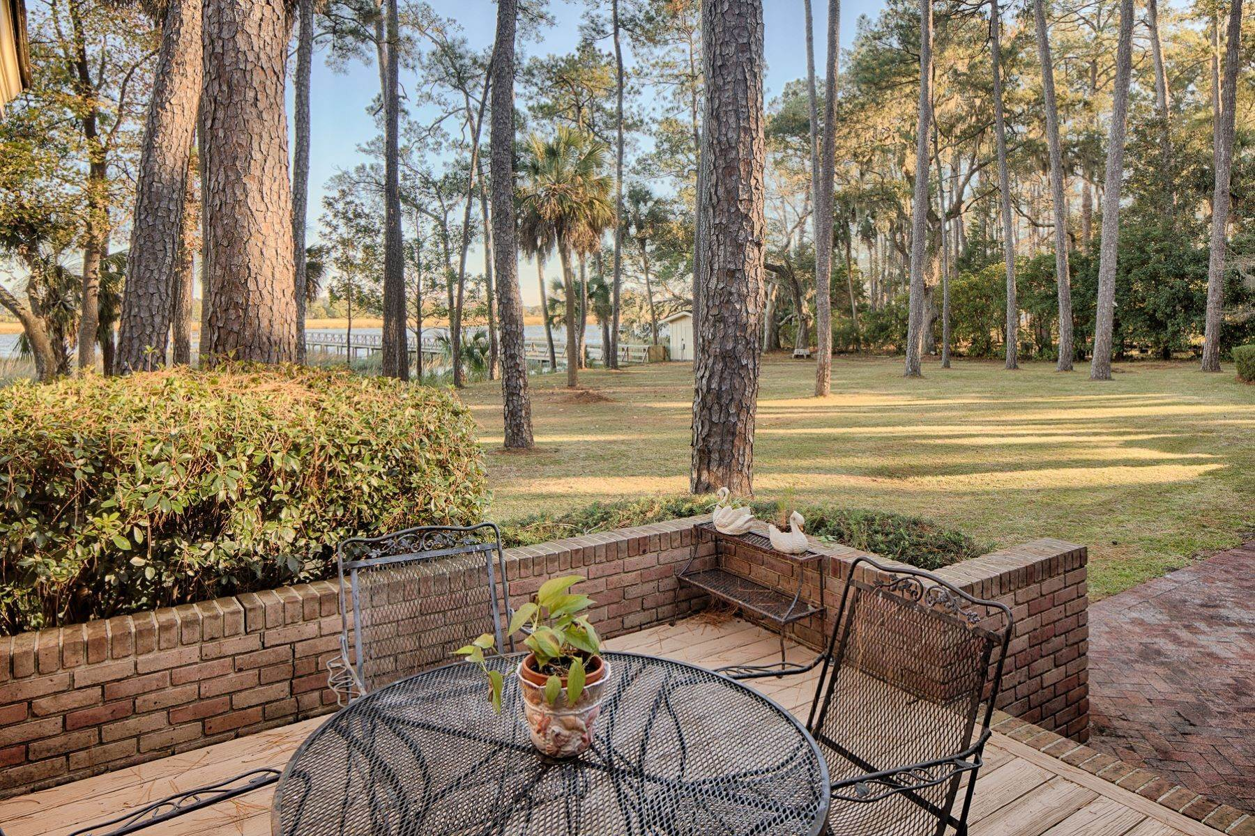 43. Single Family Homes for Sale at Exceptional Retreat on Sylvan Island located on the Herb River 6 Sylvan Island Road Savannah, Georgia 31404 United States