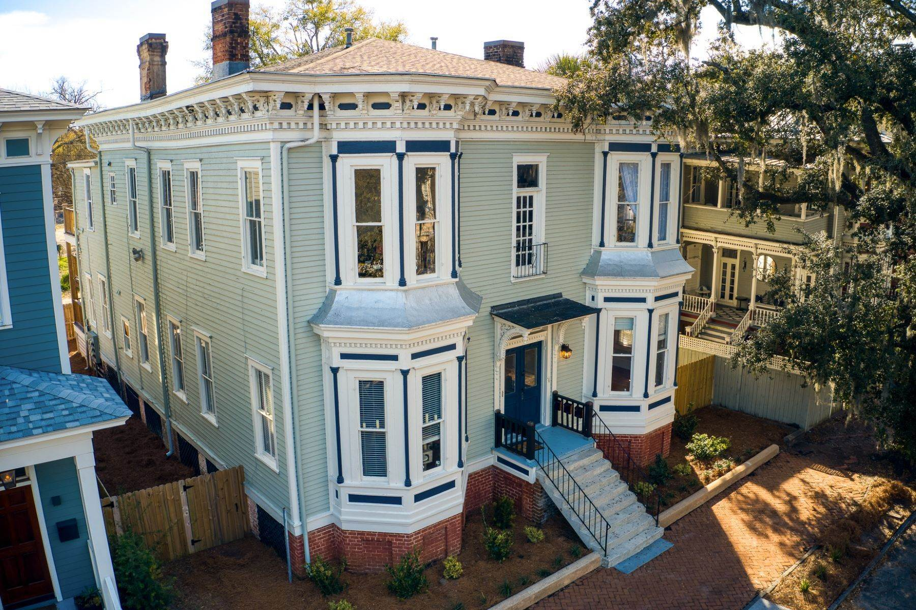 15. Property for Sale at Stunning Six Unit Victorian Apartment Building Near Forsyth Park 109 E Duffy Street Savannah, Georgia 31401 United States