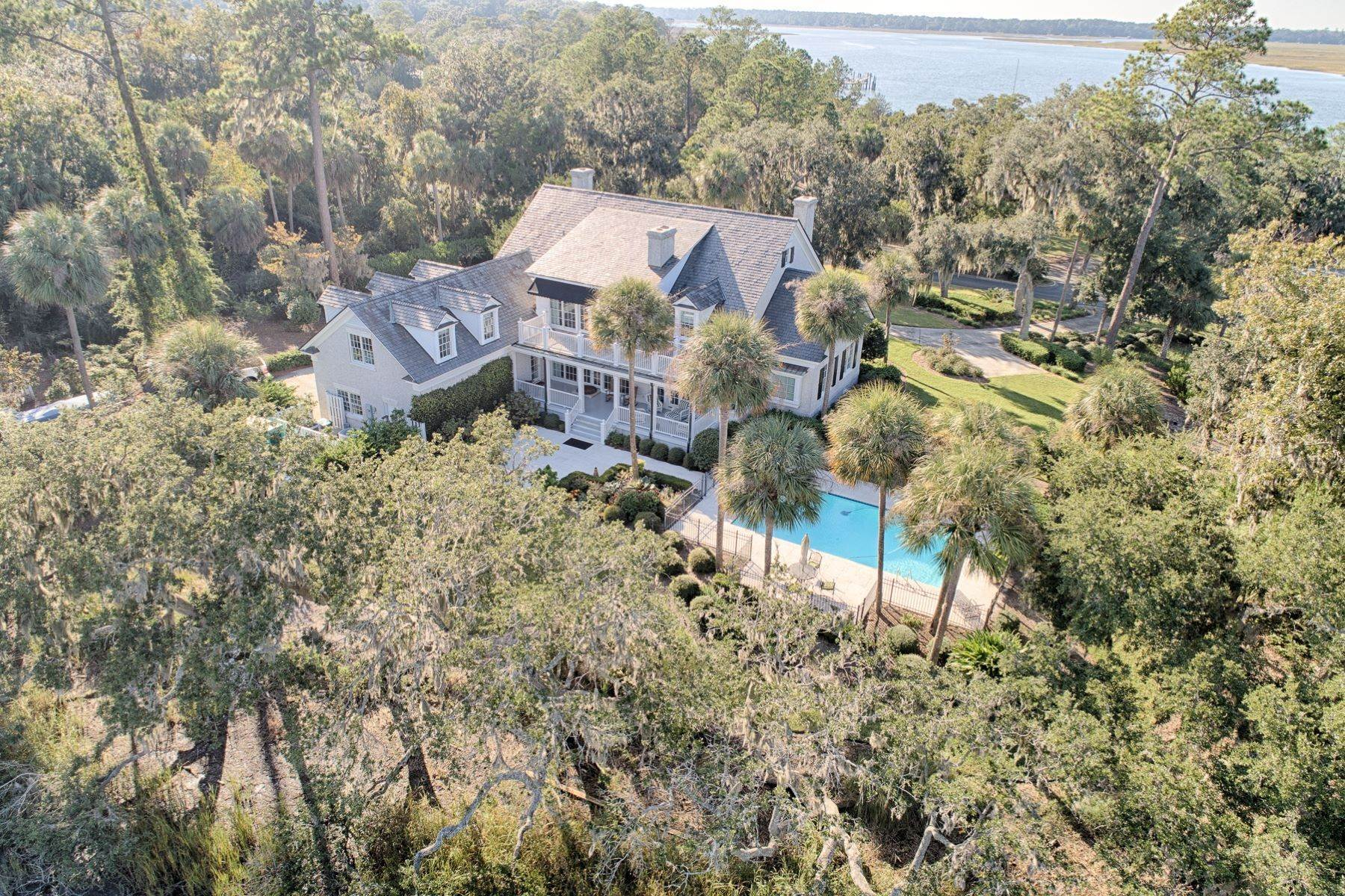 38. Single Family Homes for Sale at 108 Modena Island Drive Skidaway Island, Georgia 31411 United States