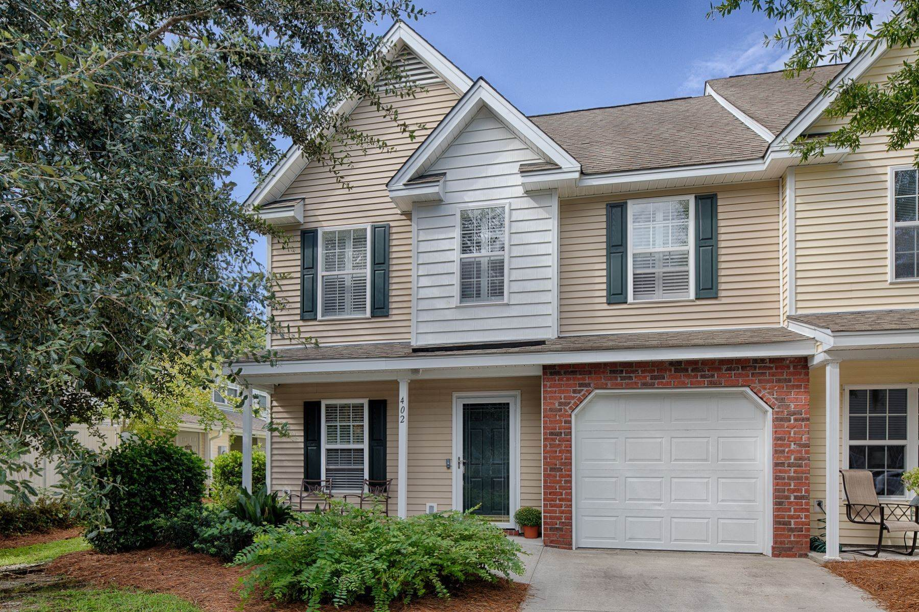 townhouses for Sale at 402 East Avenue Bluffton, South Carolina 29910 United States