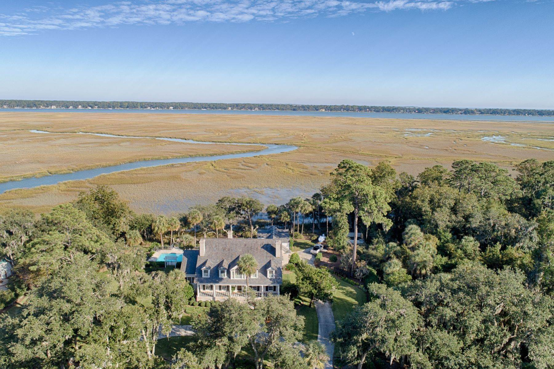 40. Single Family Homes for Sale at 108 Modena Island Drive Skidaway Island, Georgia 31411 United States