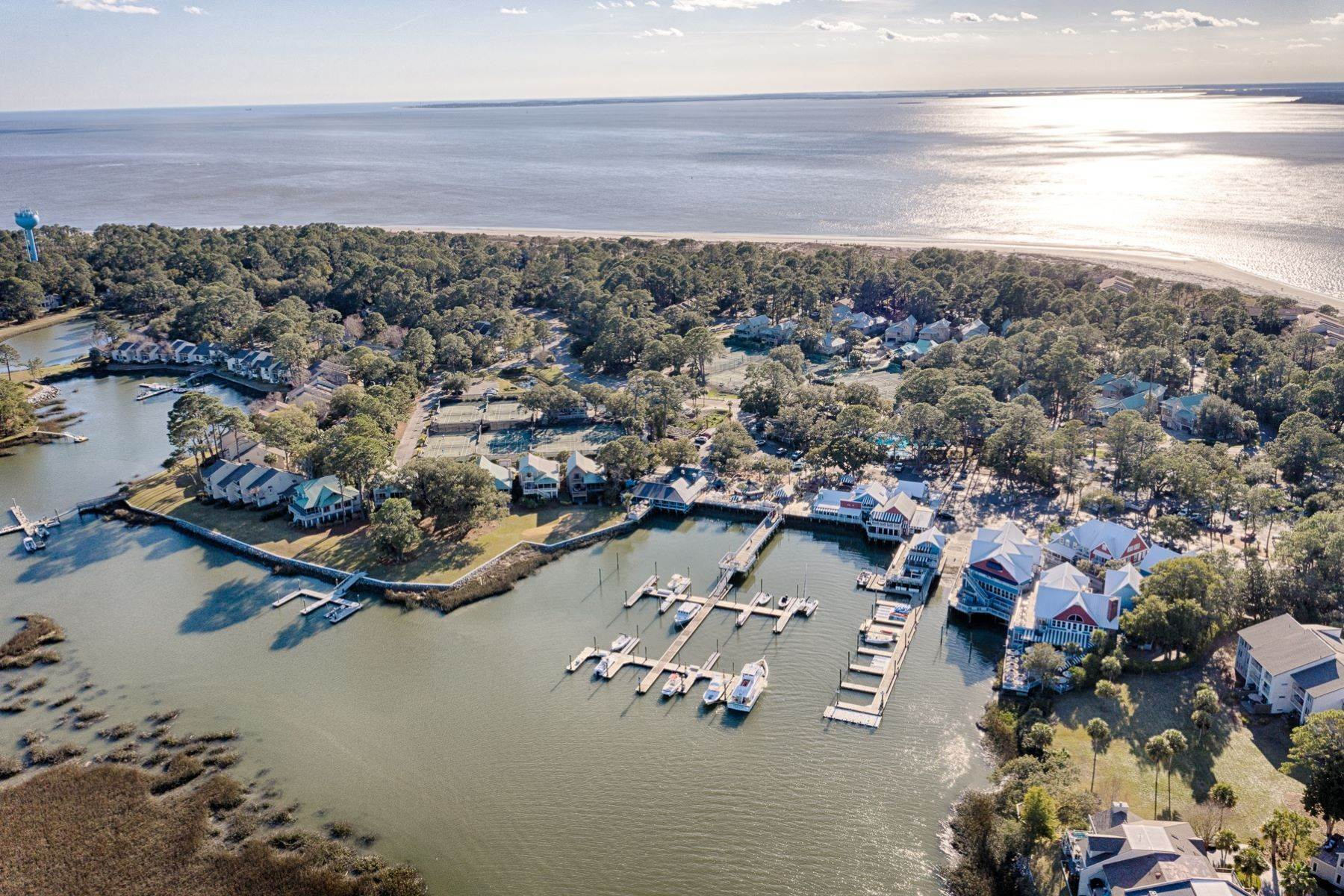 47. Single Family Homes for Sale at 12 Portside Drive Hilton Head Island, South Carolina 29928 United States