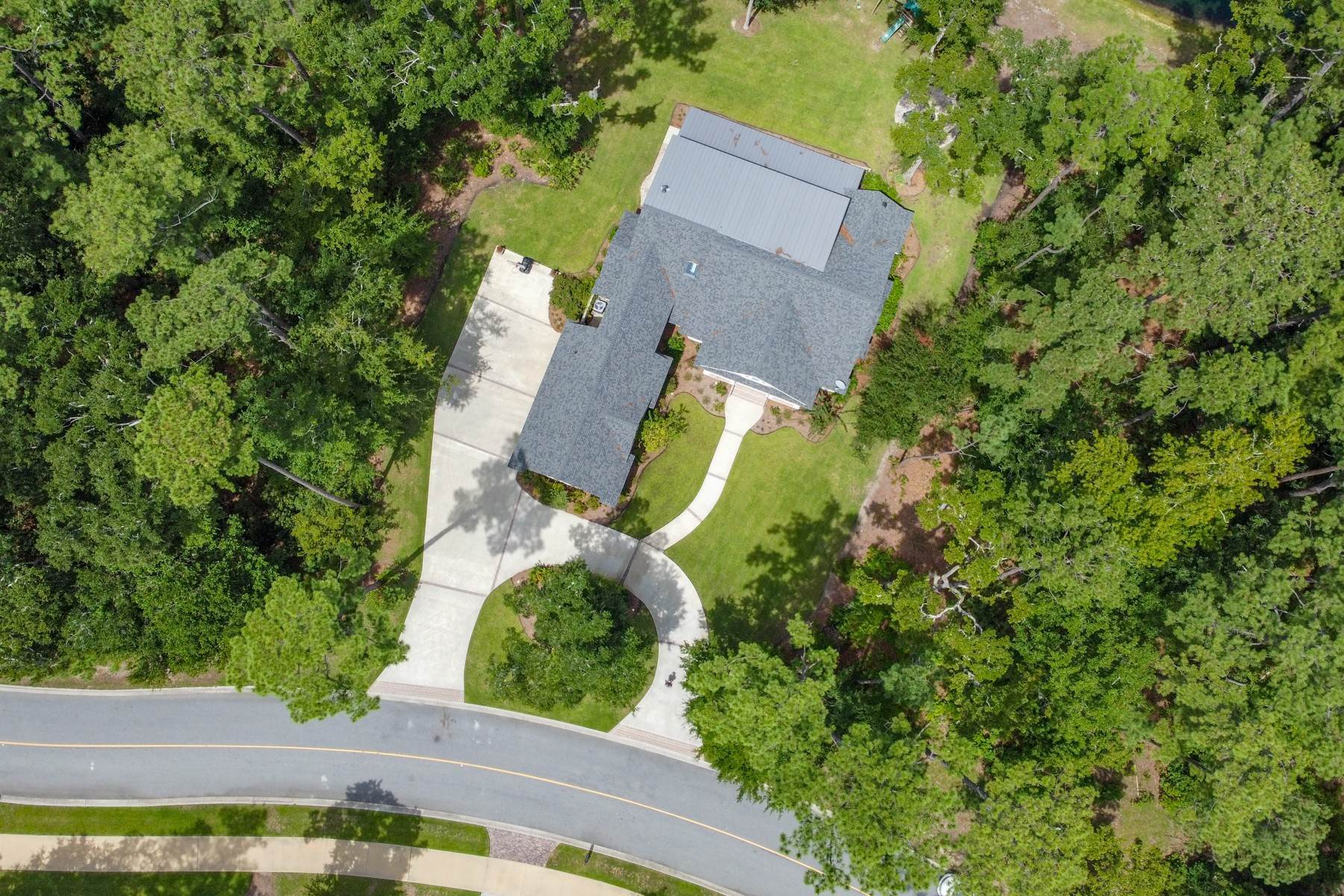 47. Single Family Homes for Sale at 73 Waterway Drive Skidaway Island, Georgia 31411 United States