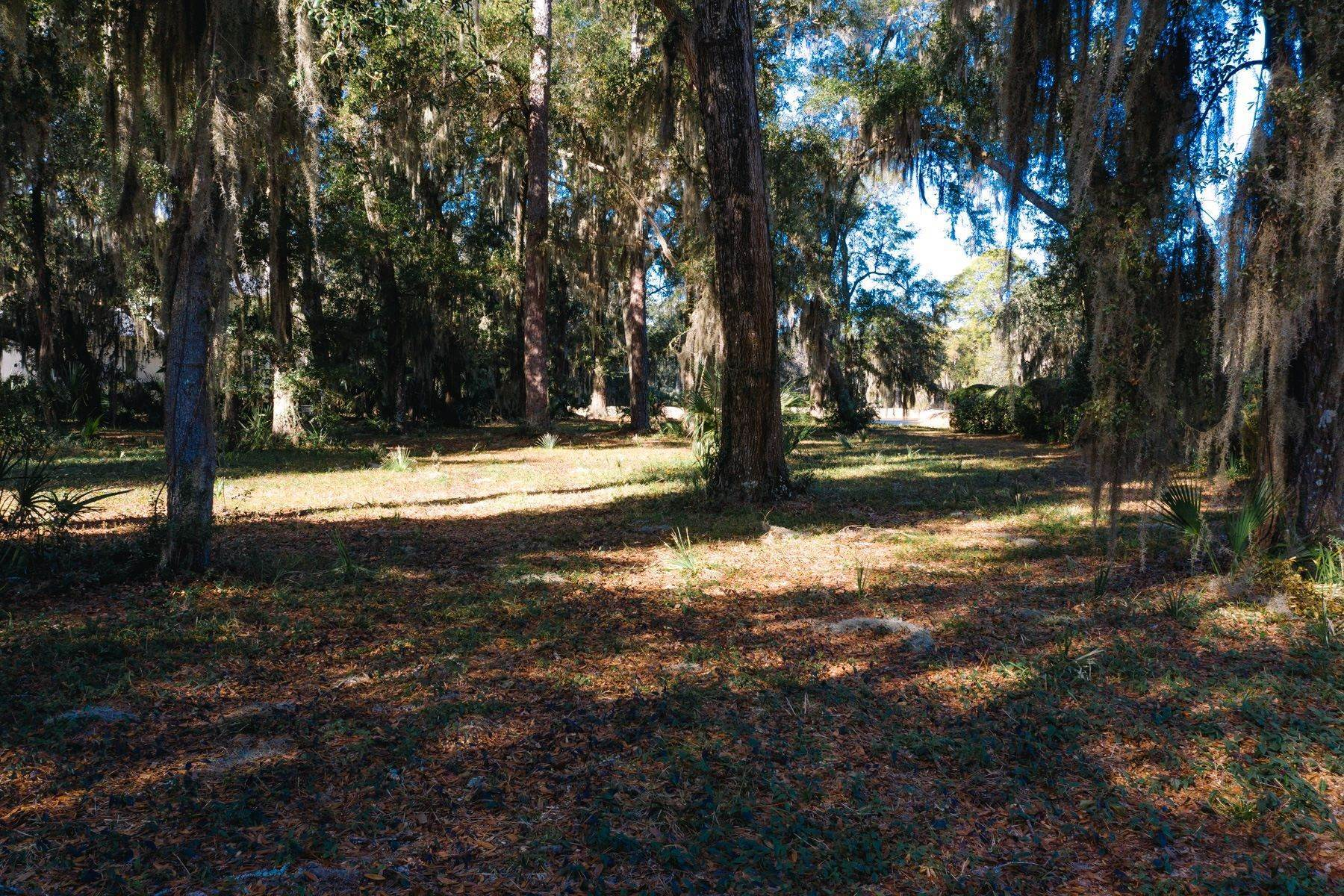 Land for Sale at EXCLUSIVE OFFERING 5 Hawthorne Road Bluffton, South Carolina 29910 United States