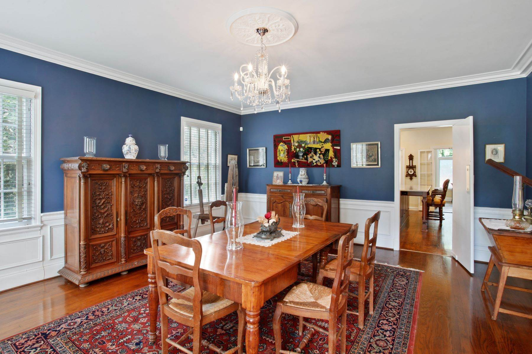 10. Single Family Homes for Sale at Ardsley Park Estate on Adams Park designed by John C LeBey 3710 Abercorn Street Savannah, Georgia 31405 United States