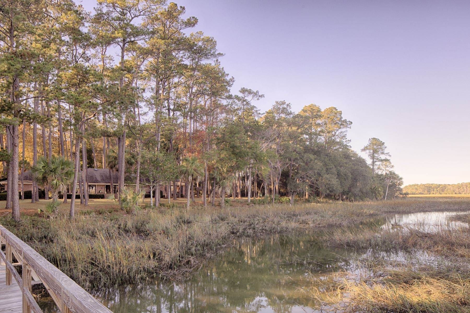 45. Single Family Homes for Sale at Exceptional Retreat on Sylvan Island located on the Herb River 6 Sylvan Island Road Savannah, Georgia 31404 United States