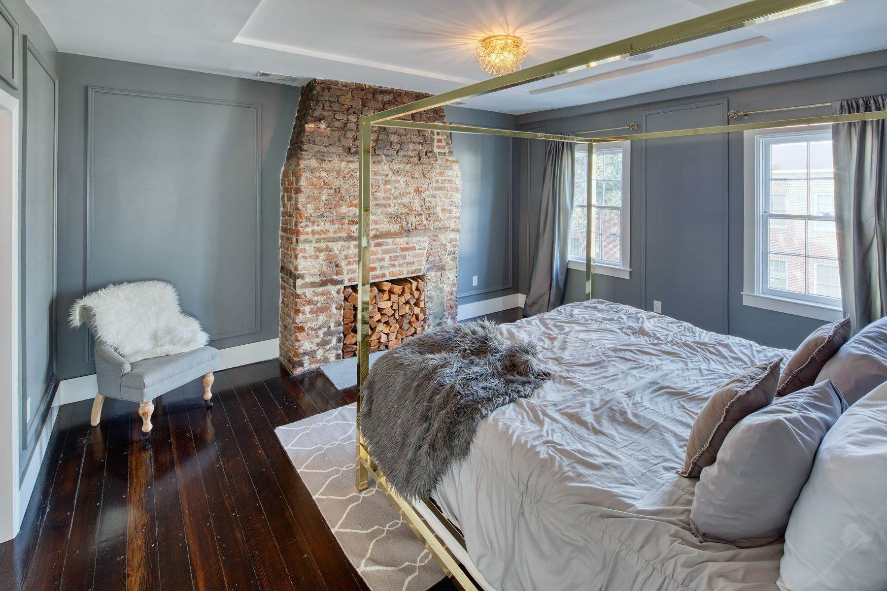 13. townhouses for Sale at Completely Renovated Historical c 1851 Townhouse In the Heart of Savannah 507 E McDonough Street Savannah, Georgia 31401 United States