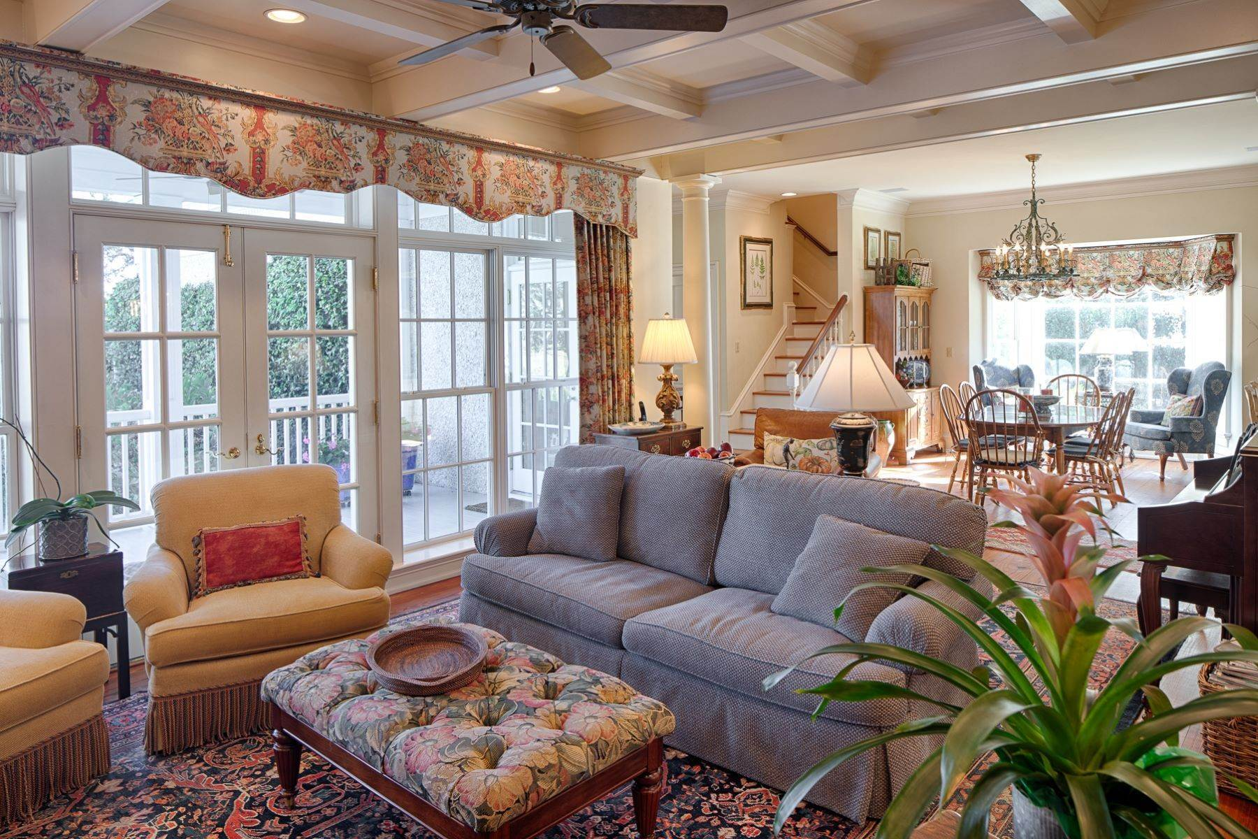 14. Single Family Homes for Sale at 108 Modena Island Drive Skidaway Island, Georgia 31411 United States